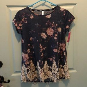 Xhilaration Navy flower top with lace at bottom